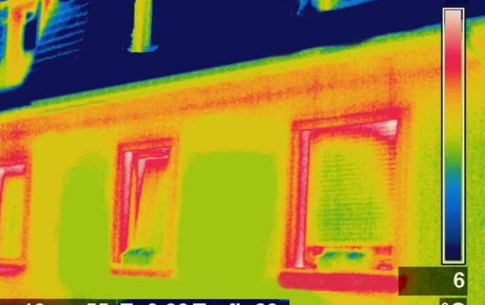 What is airtightness - Thermal Image showing heat escape from a house